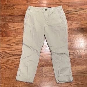 Gap Cropped pants